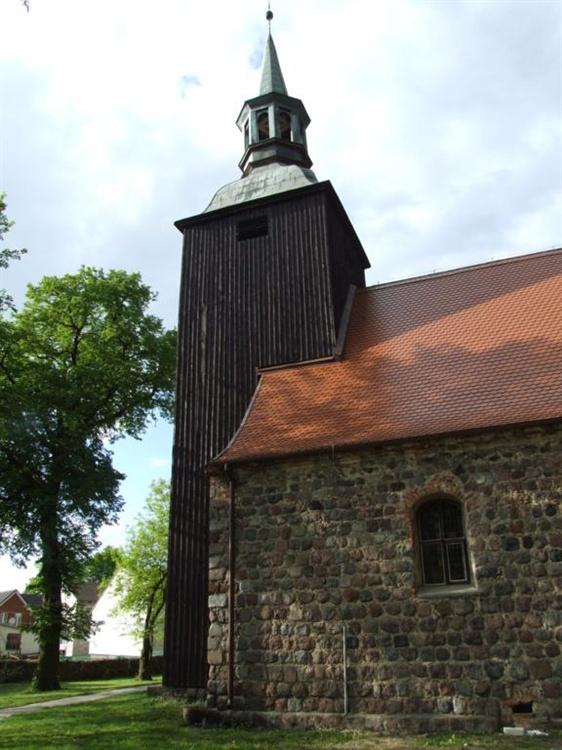 kościół w Przelewicach