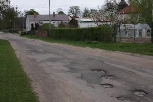 Tak wygląda droga do gimnazjum w Przelewicach