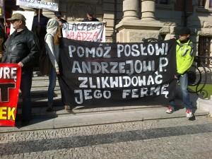 protest przed UW 2
